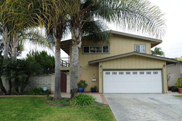 1824 Iroquois Ave, Long Beach, CA 90815